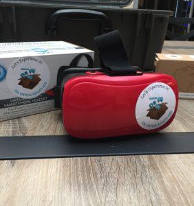 Plastic VR set