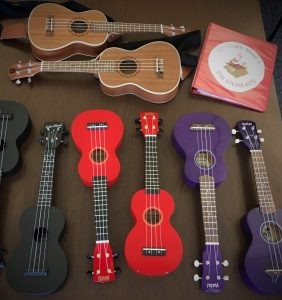 ukuleles_lines